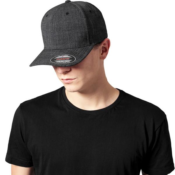 Fitted Baseball Cap FLEXFIT®